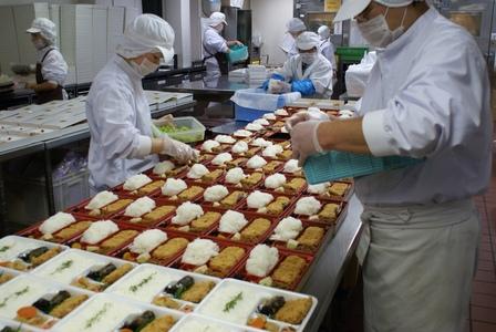 とんかつまい泉 高津工場のバイト写真2