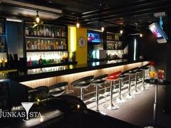 Bar JUNKASISTA