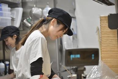 コムフォーPerie津田沼店のバイト写真2