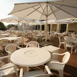「ロイヤルオークホテル スパ&ガーデンズ」バーベキューレストランのバイト