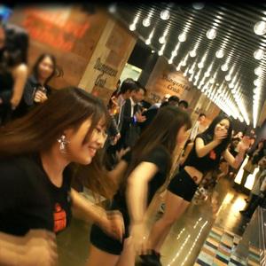 DANCING CRAB OSAKA【ダンシング クラブ 大阪】のバイト写真2