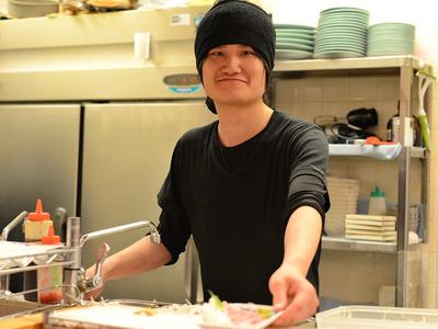 海鮮居酒屋のぶちゃん お初天神店のバイト写真2