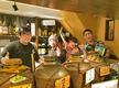 【島豚アグーと沖縄料理 南風花 お台場店】のバイトメイン写真