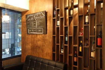 ワインカフェ新宿アネックスのバイト写真2