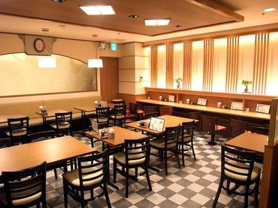 らーめん直久 新宿西口店のバイト写真2