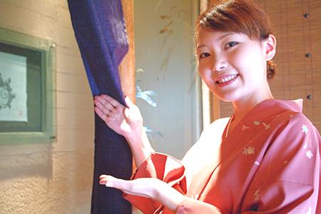 日本海庄や 八重洲店のバイトメイン写真