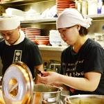 松戸中華そば 富田食堂のバイト