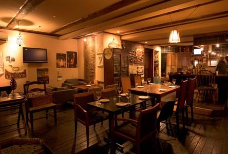 Cafe&DiningBarUNOのバイトメイン写真