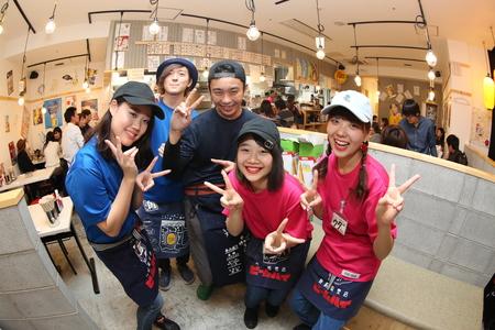 立ち呑み串カツ田中 新橋店のバイト写真2
