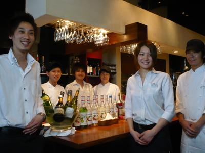 伊太利亜市場 B・A・R本店のバイトメイン写真