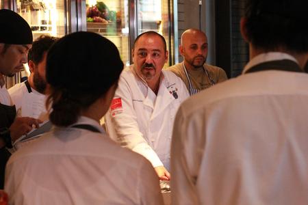 Salvatore Cuomo 市場 博多のバイト写真2