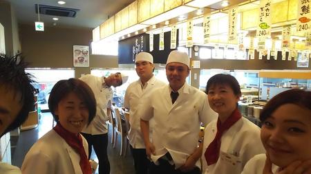 ふぁみり庵はいから亭寿しまどか益城インター店のバイト写真2
