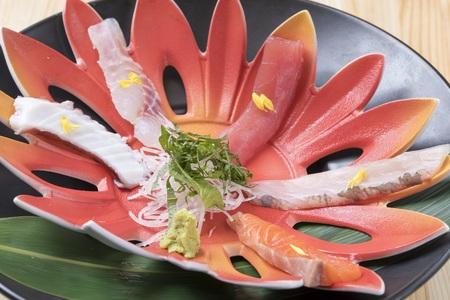 和食 太陽波(サンバ)のバイトメイン写真