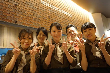 港屋珈琲 玉垣店のバイトメイン写真
